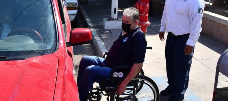 Llaman a la ciudadanía a hacer conciencia y no usar espacio para discapacitados.