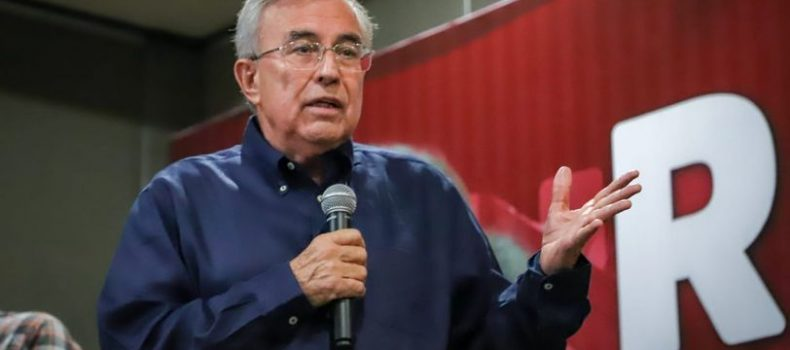 Compromete Rocha Moya trabajar para poner en alto el nombre Sinaloa.