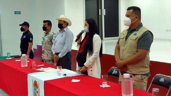 AGLAEE MONTOYA INSTALA EL COMITÉ MUNICIPAL DE PROTECCIÓN CIVIL EN ANGOSTURA.